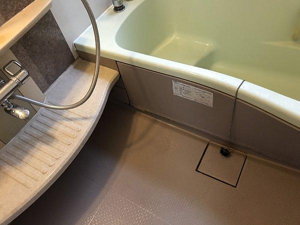 熊本県益城町・浴室クリーニング①の画像