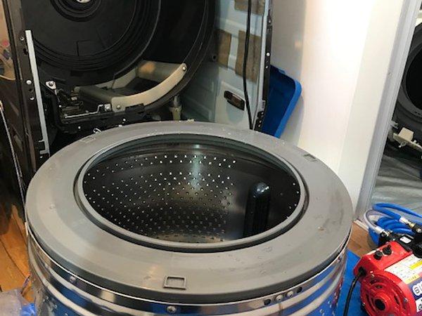 熊本市南区・ドラム式洗濯機分解清掃の画像