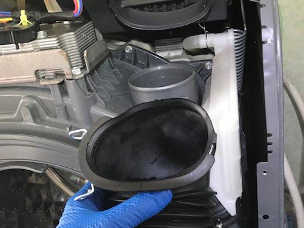 熊本市東区・ドラム式洗濯機の分解清掃の画像