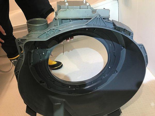 熊本市東区・ドラム式洗濯機分解清掃の画像